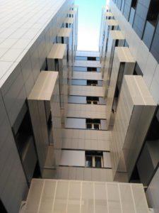 Revestimiento Fachada edificio con panel composite